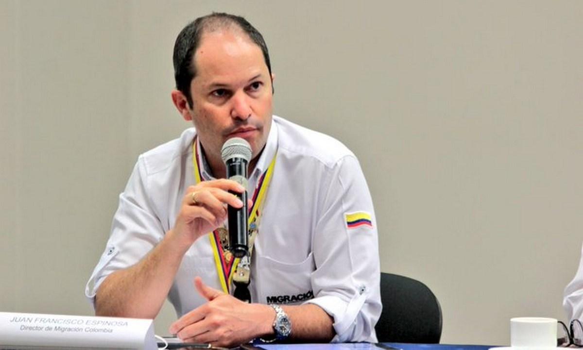director migracion colombia