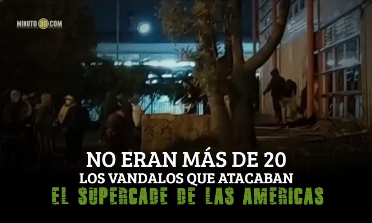 manifestantes y vandalos en bogota