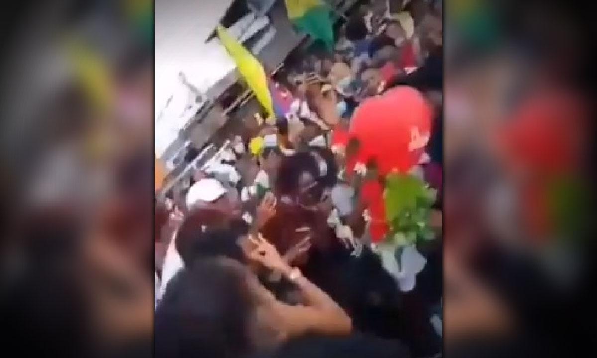 propuesta romantica marcha