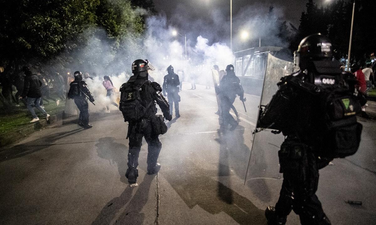 temblores-violencia policial-manifestaciones