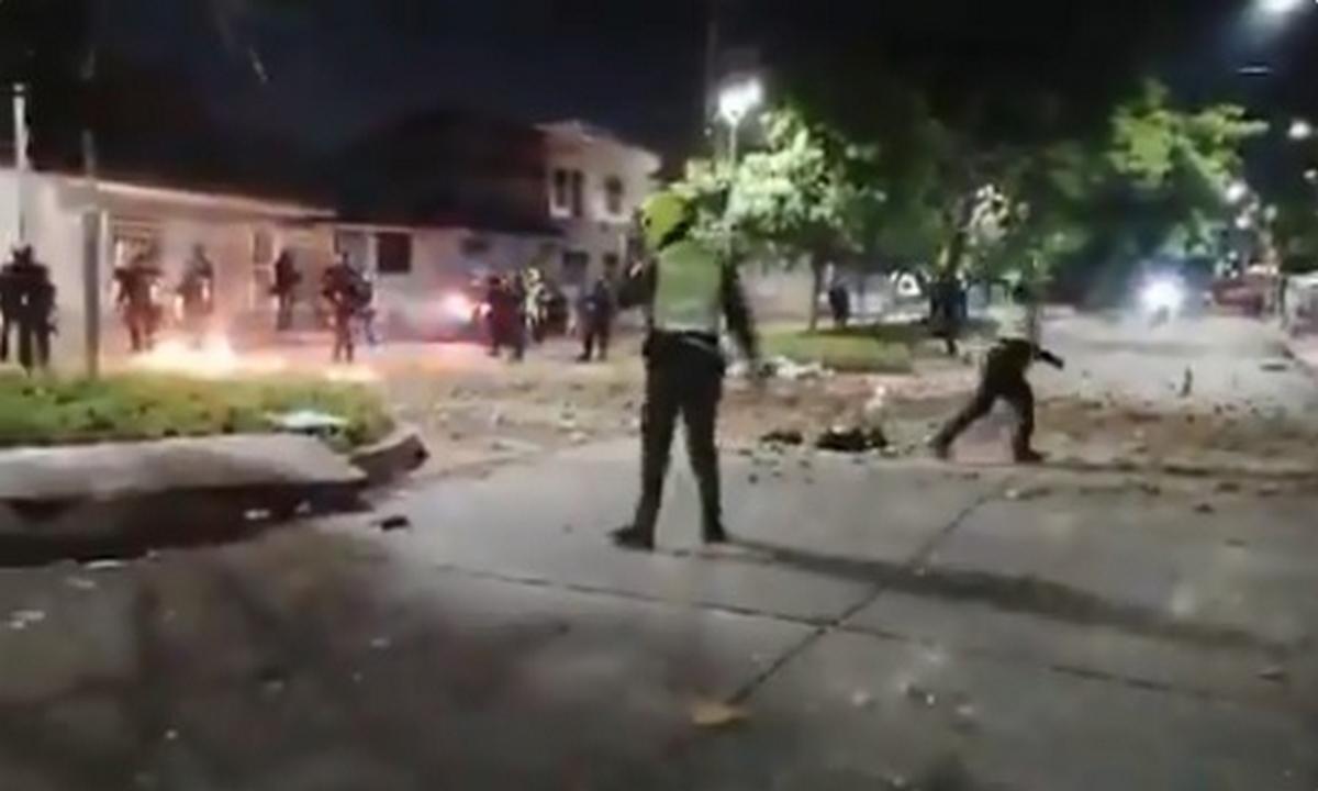 Barranquilla-disturbios-partido-Colombia-Argentina