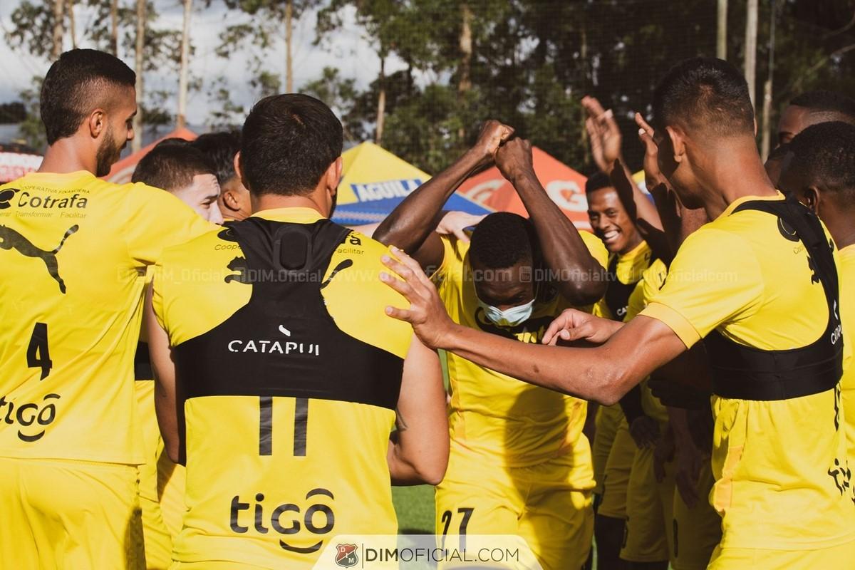 Diber Cambindo entrena con Independiente Medellin 6