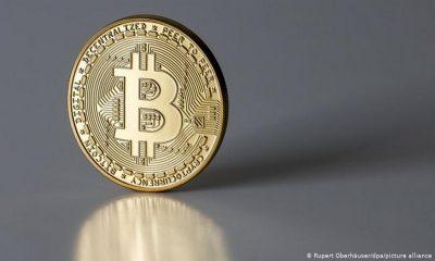 El Salvador-bitcoin-moneda