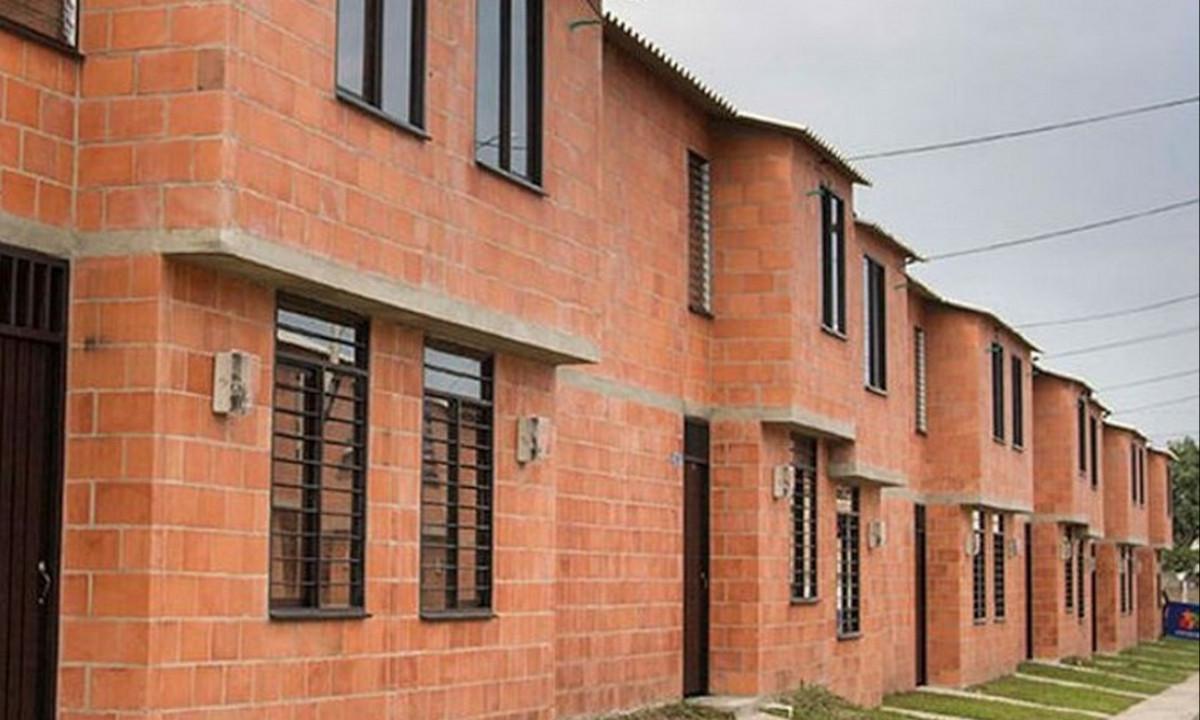 Contraloría aseguró que hay más de 22 mil subsidios de vivienda sin entregar