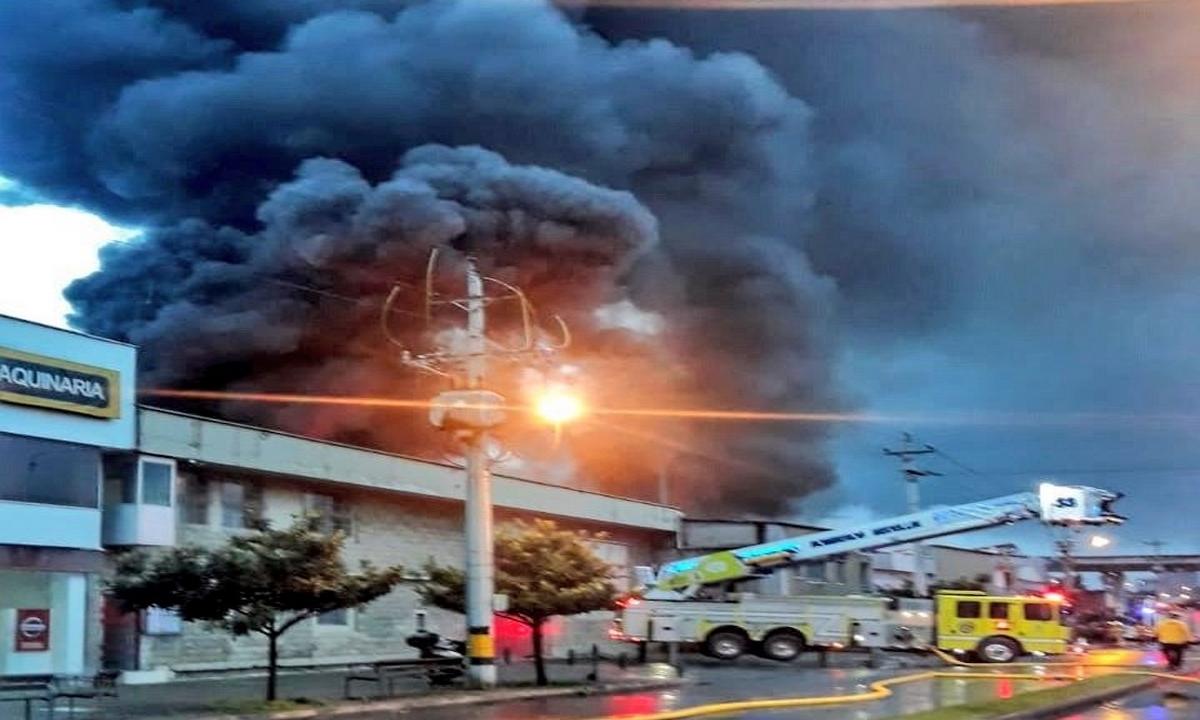 Incendio-Calle 30A