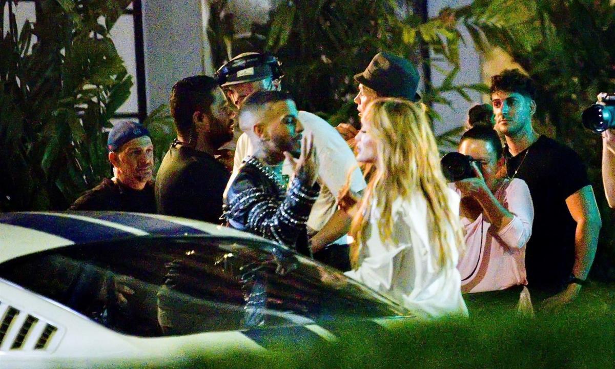 Jennifer L贸pez y el rapero Rauw Alejandro ruedan un video clip en Miami  Beach | Minuto30.com