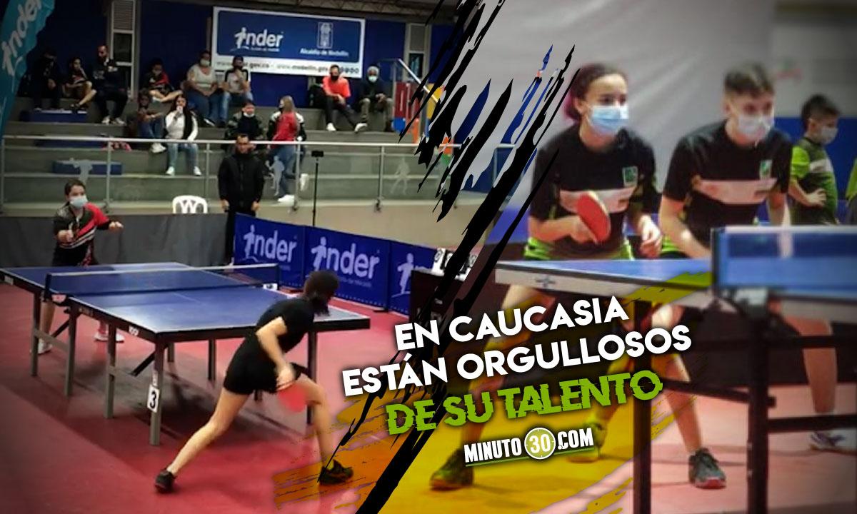 Luciana Cadavid campeona nacional de tenis de campo 1