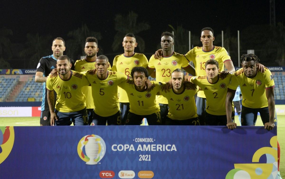 Seleccion Colombia vs Peru en la Copa America 1