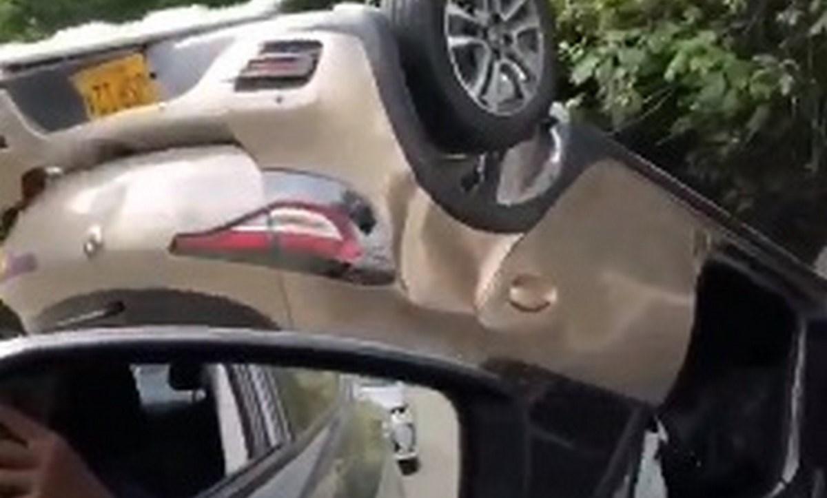 carro volcado las palmas