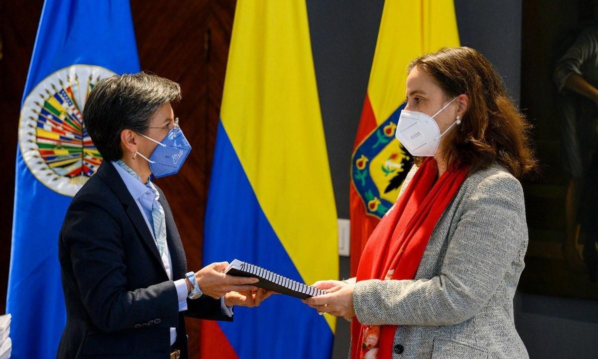 Claudia López se reunió con la CIDH en Bogotá