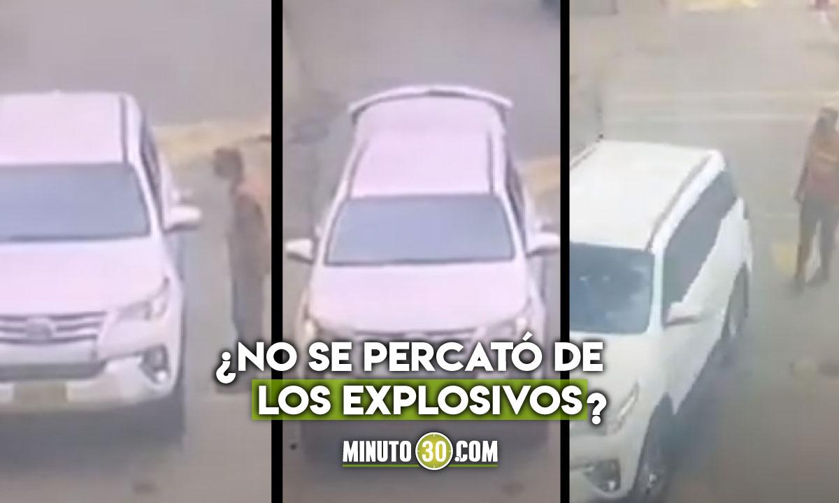 Momento exacto del carrobomba entrando al batallón en Cúcuta