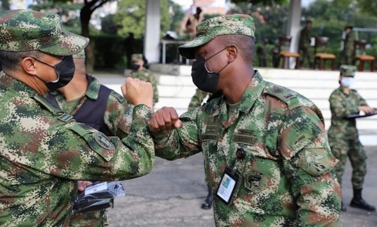 El Ejército alcanzó la aplicación de 100 mil vacunas Covid