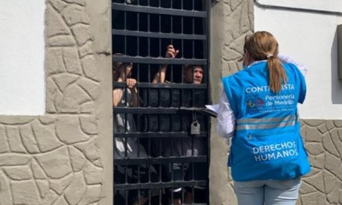 Hacinamiento en dos estaciones de Policía de Medellín