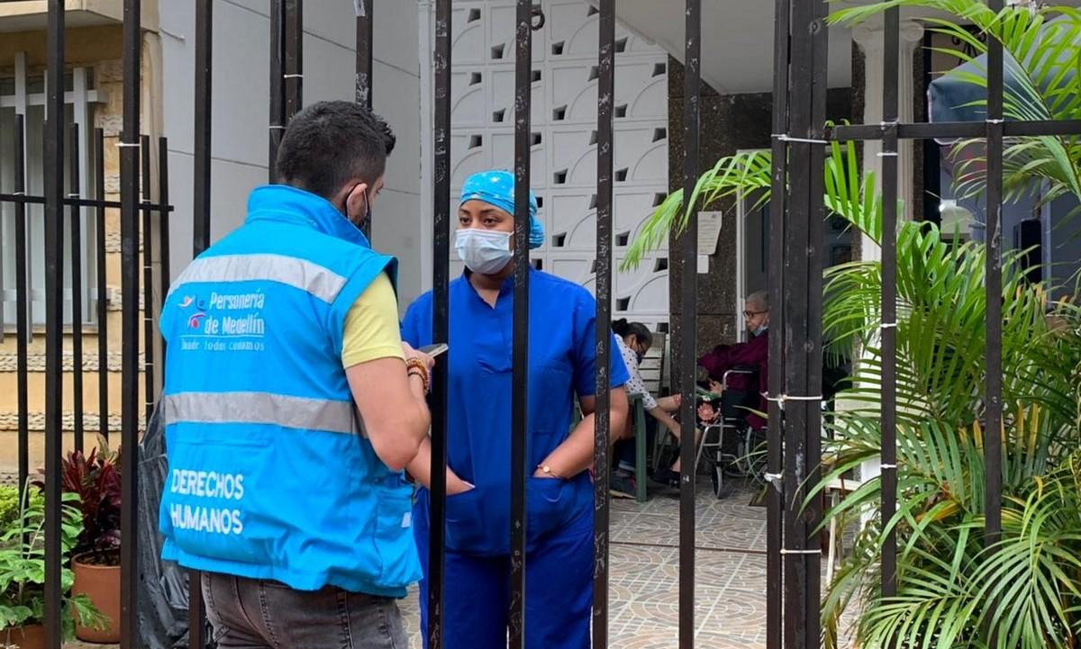 Personería de Medellín verifica hogares gerontológicos