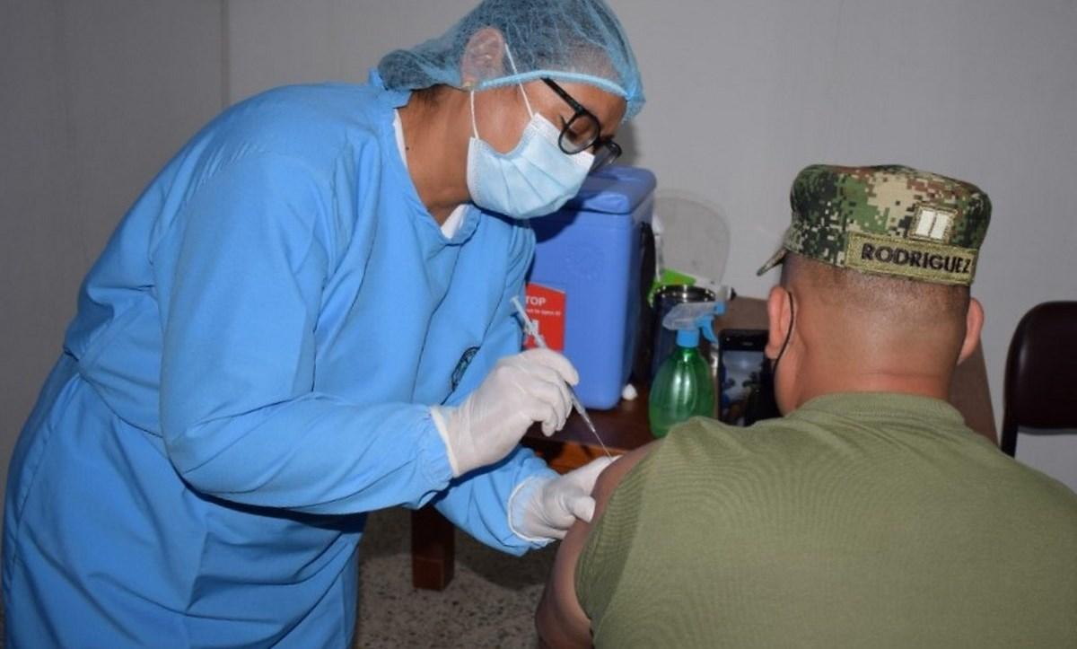 soldado vacuna covid