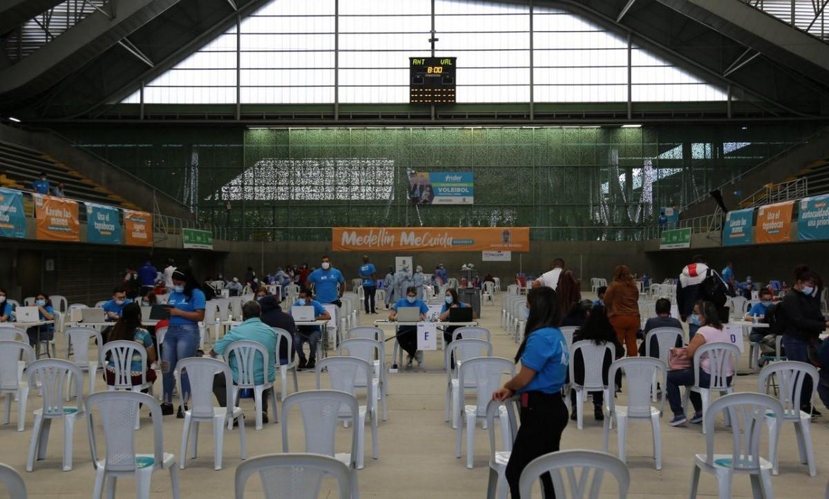 Preocupante reducción de vacunación en Medellín por puente