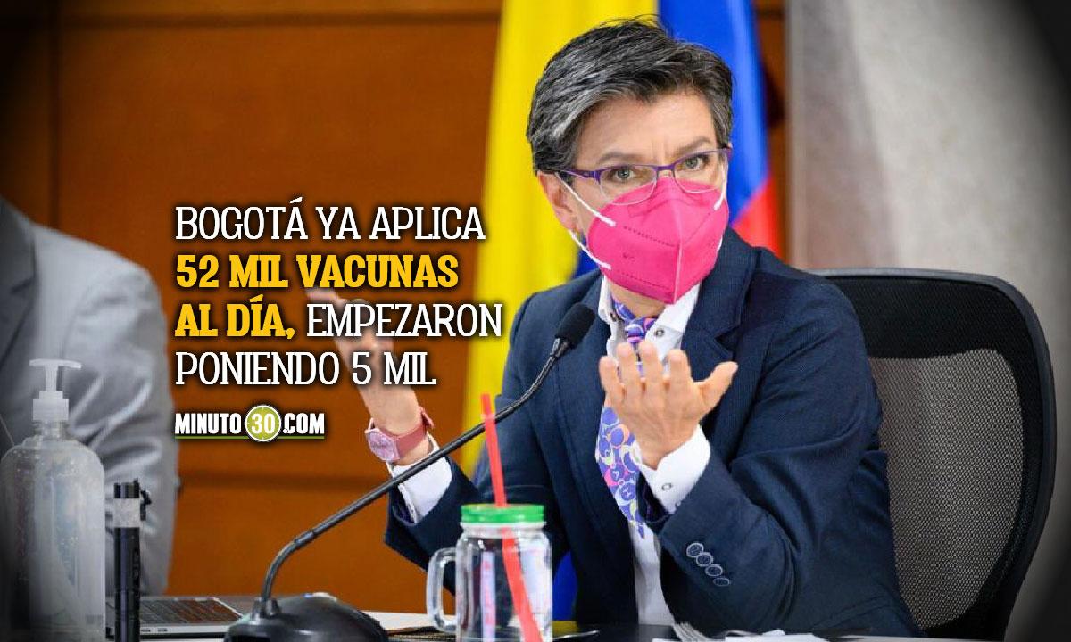 Bogotá estaría inmunizada en 100 días, dice C. López