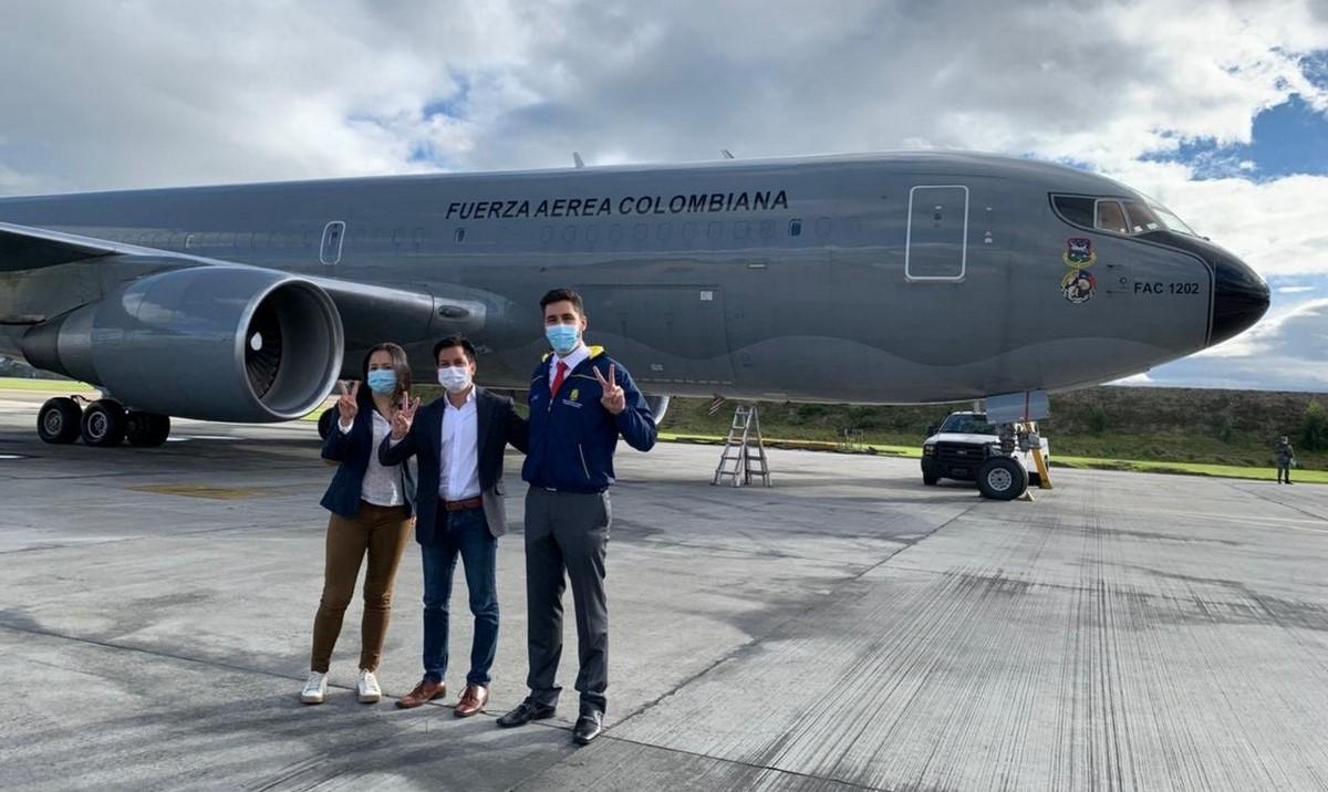 Todo listo para recoger las vacunas de Janssen que le donó EE.UU. a Colombia