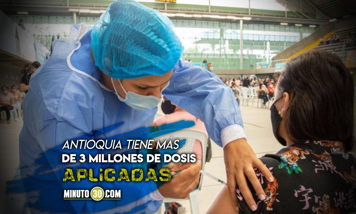 Con record de dosis diarias Colombia supero las 20 millones de vacunas aplicadas
