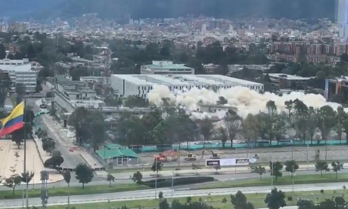 [Video] Momento en el que cayó el edificio de Mindefensa