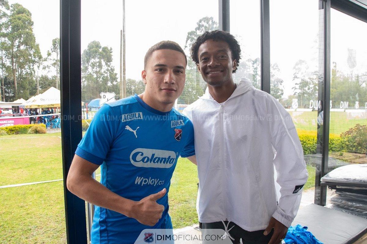 En Independiente Medellin disfrutaron la visita de Juan Guillermo Cuadrado 2