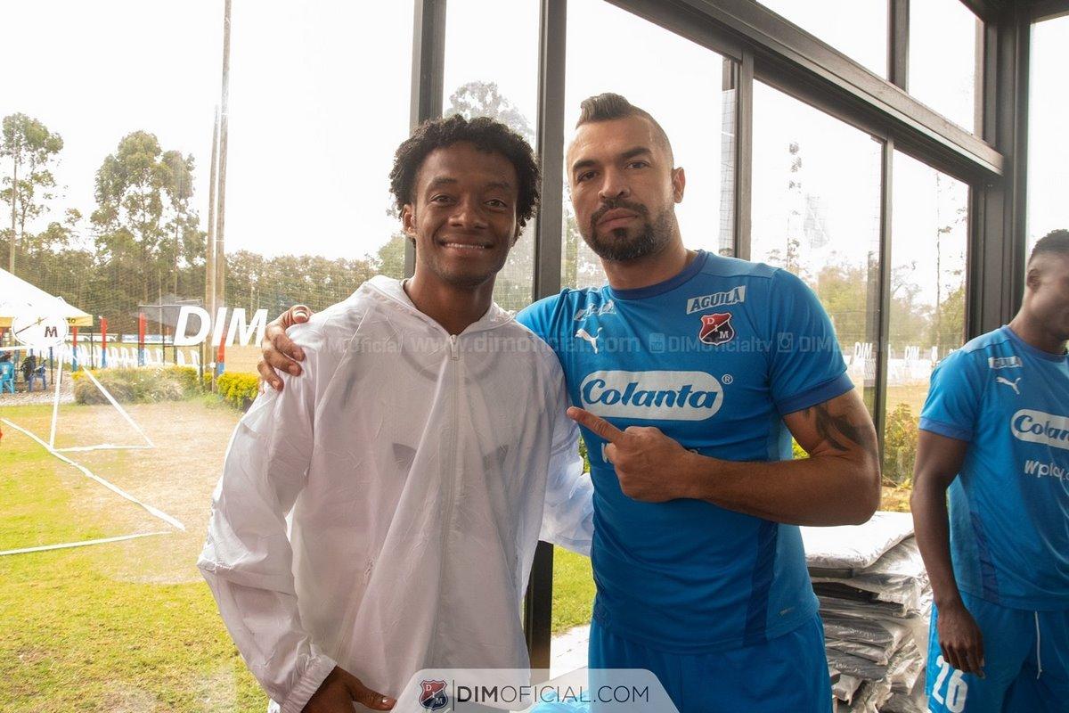 En Independiente Medellin disfrutaron la visita de Juan Guillermo Cuadrado 3