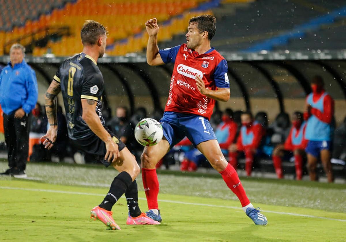 Inpendiente Medellin vs Aguilas 4