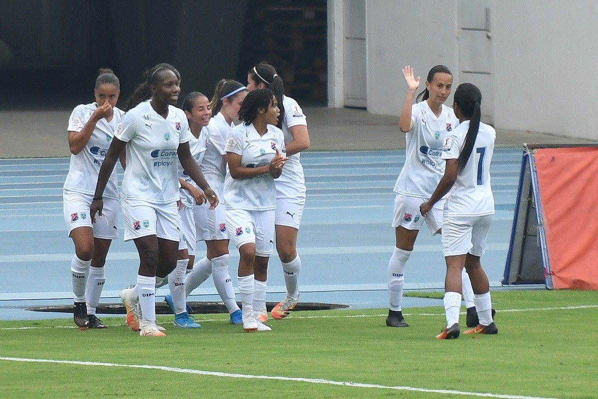 Liga Femenina Medellin vs America 3 Copiar