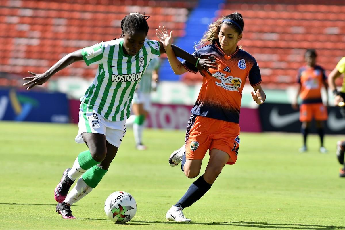 Liga Femenina Nacional vs Real Santander 2 Copiar