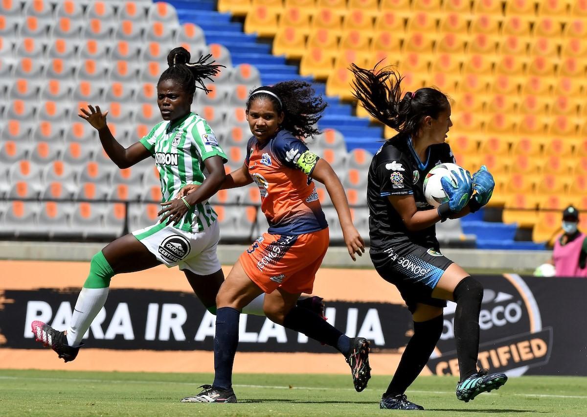 Liga Femenina Nacional vs Real Santander 3 Copiar