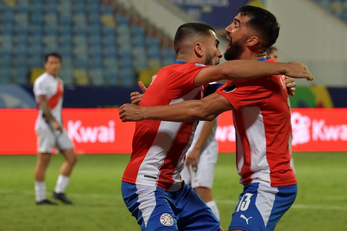 Peru Vs Paraguay 4