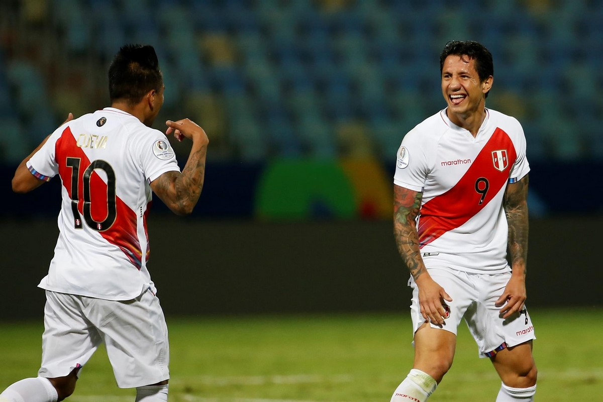 Peru Vs Paraguay 6