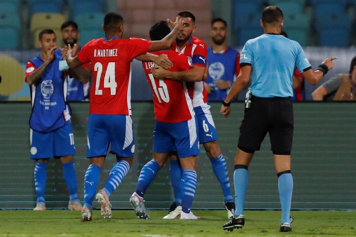 Peru Vs Paraguay 8