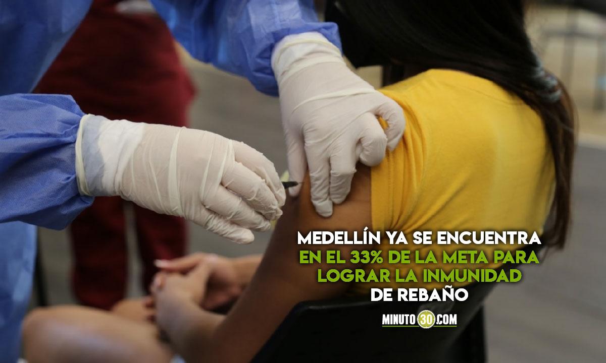 650.000 personas en Medellín con esquema de vacunación listo