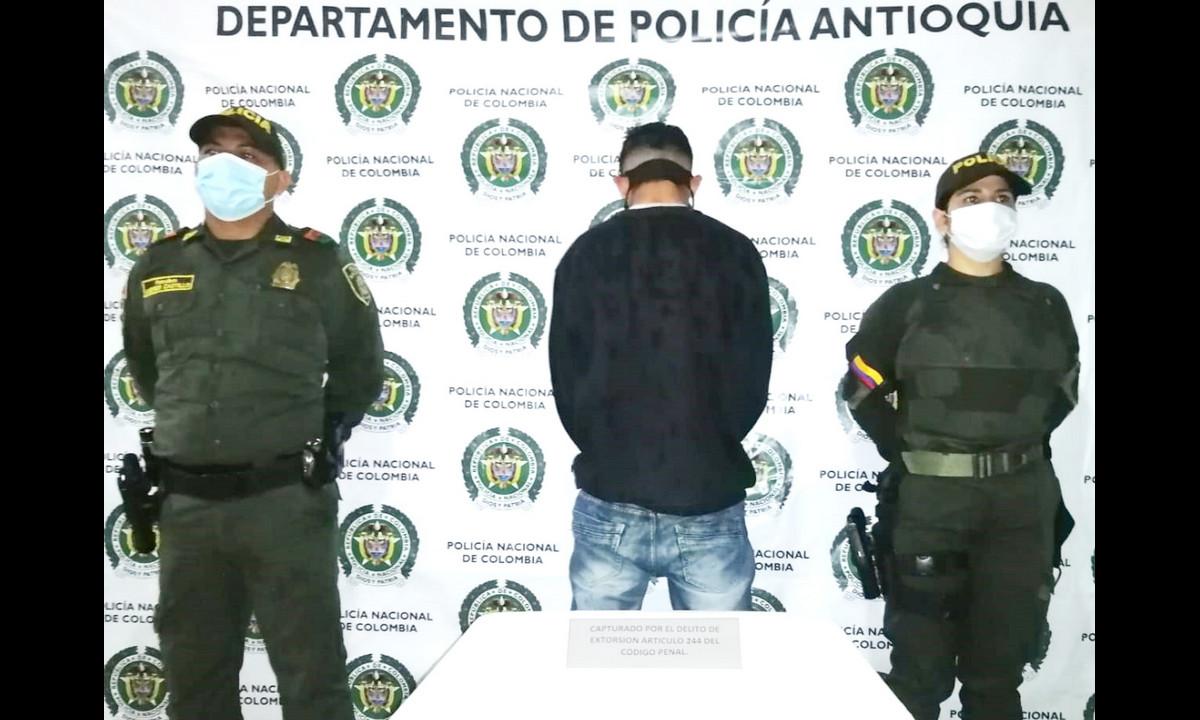 ¿Qué tal éste? Cogieron a un venezolano en Antioquia que amenazaba con no activar un supuesto explosivo a cambio de dinero