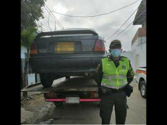 Polémica en Córdoba por la inmovilización de vehículos que trabajarían con aplicaciones móviles