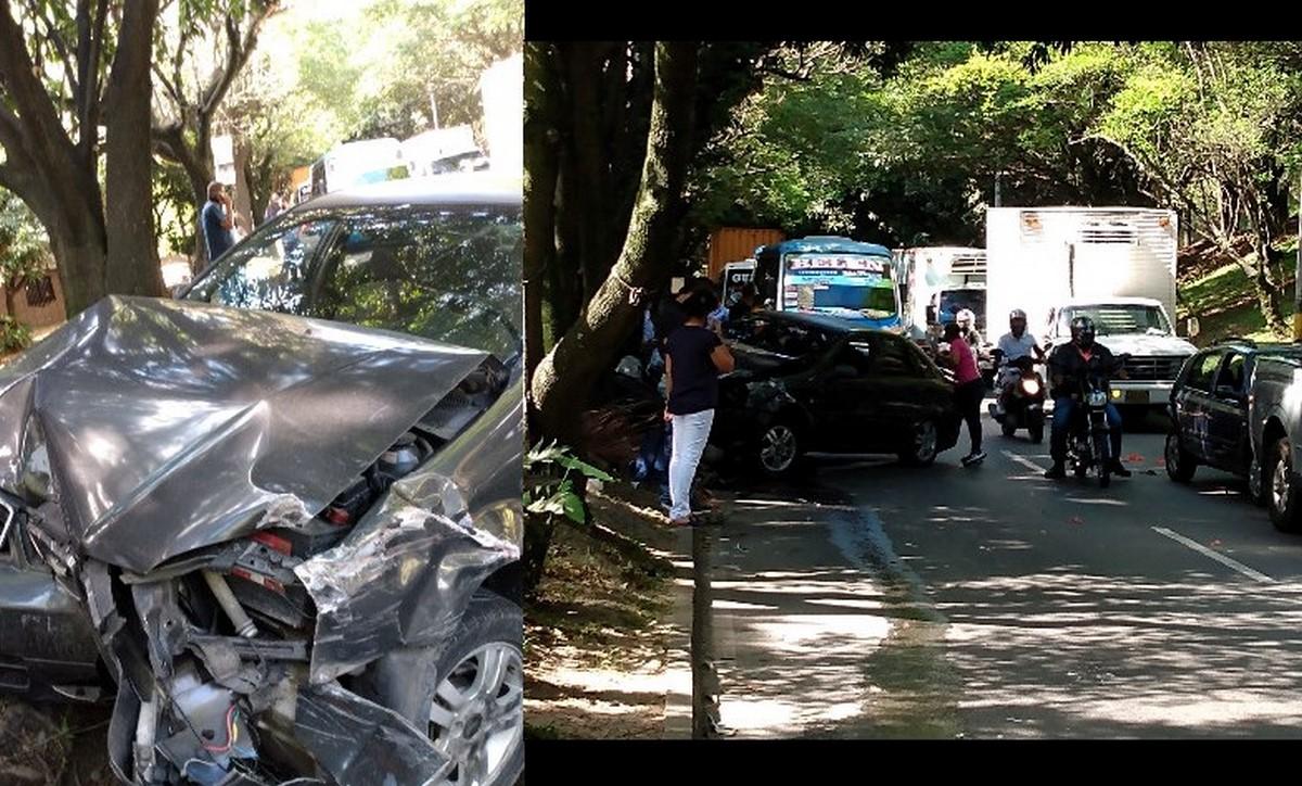 Varios carros se chocaron por Campos de Paz
