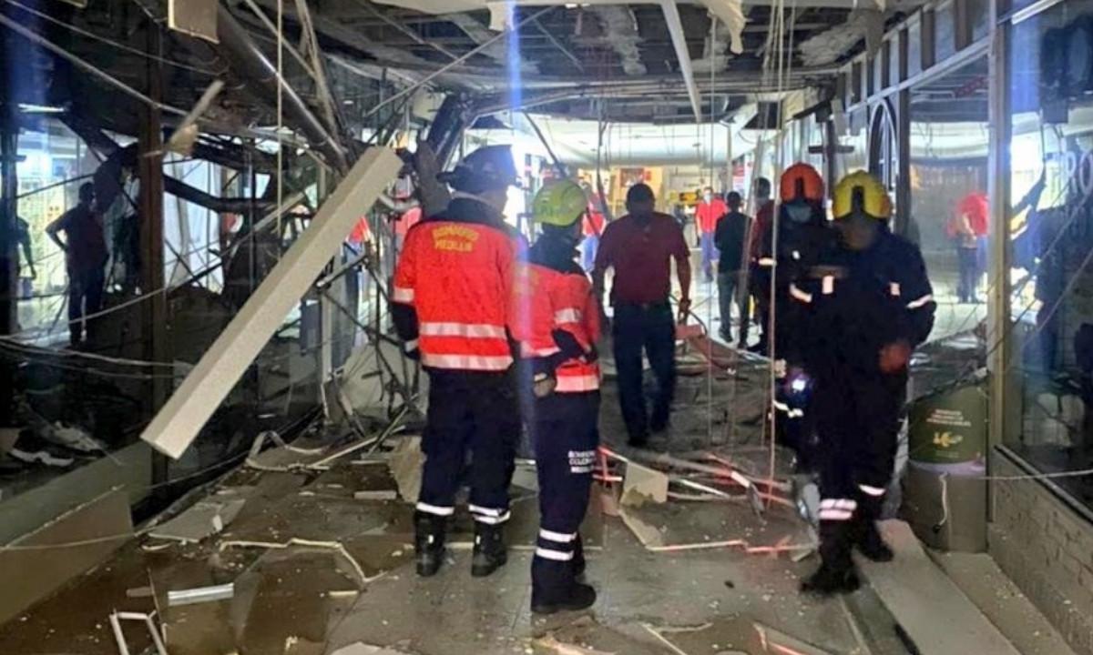 ¡Fue solo el susto! Caída de un cielo falso en local comercial causó pánico en el Centro Comercial el Diamante