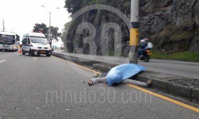 ¡Lamentable! Un hombre perdió la vida en accidente de tránsito en la vía Medellín - El Santuario