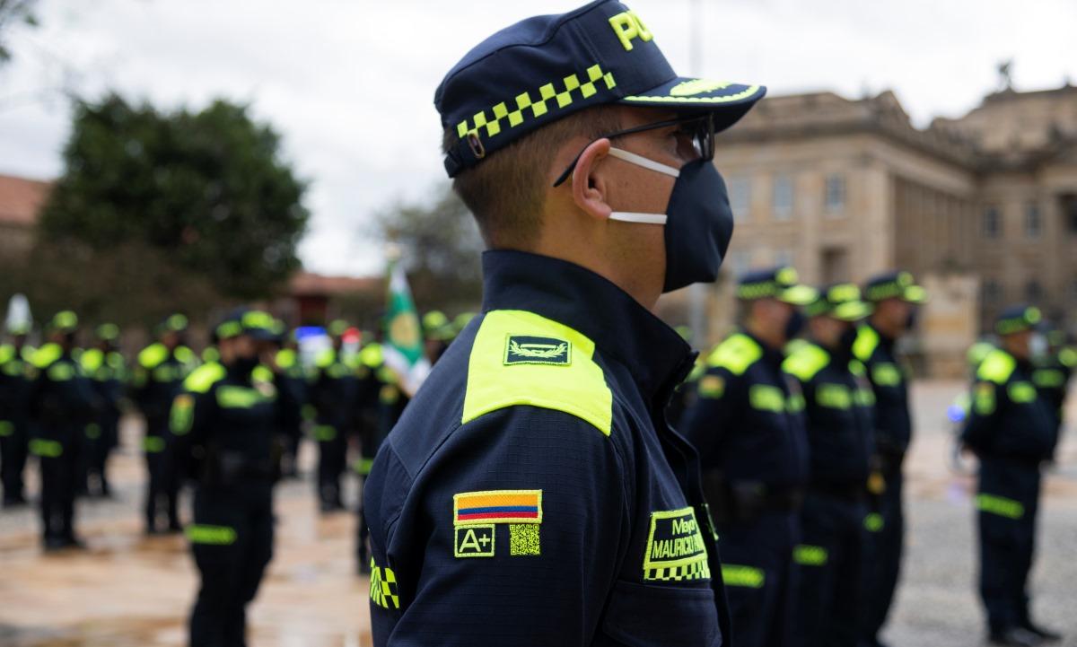 nuevo uniforme policia