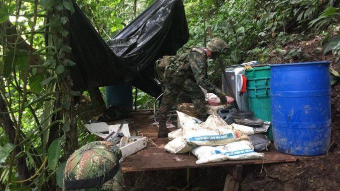 Destruyeron un laboratorio para procesar coca