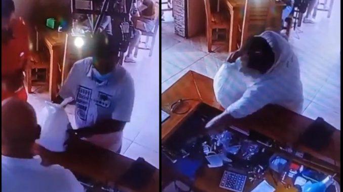 ¡Quedó grabado! En Itagüí un ladrón fue a pagar una comida y se llevó un celular