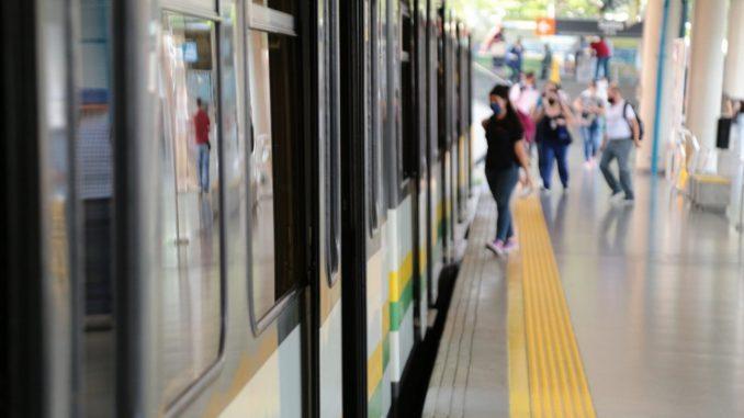 ¡Atención! Extienden los horarios de los puntos de venta del Metro