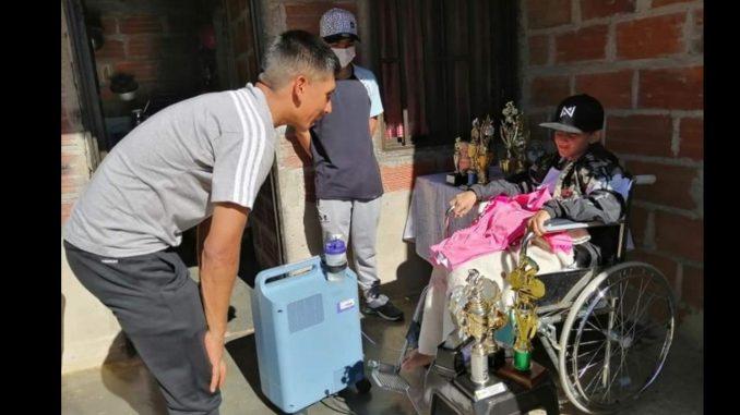 Nairo Quintana llegó a la casa de Javier, el niño antioqueño que soñaba con conocerlo