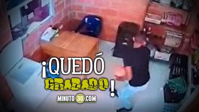 [Video] Se metió a un motel... A robar