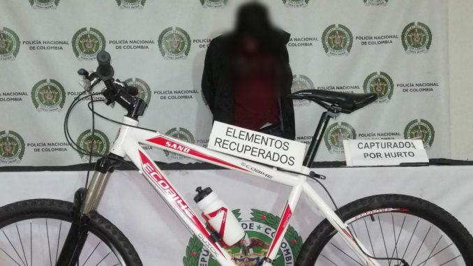 Lo cogieron después de hurtar 'bici' en el barrio Estación Villa