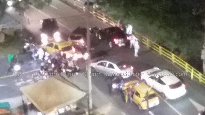 FOTOS: Por choque en la loma de Robledo, hay taco hacia San Cristóbal - Noticias de Colombia