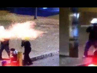 [Video] Con cohete artesanal encapuchados atacaron a la Policía en Bogotá