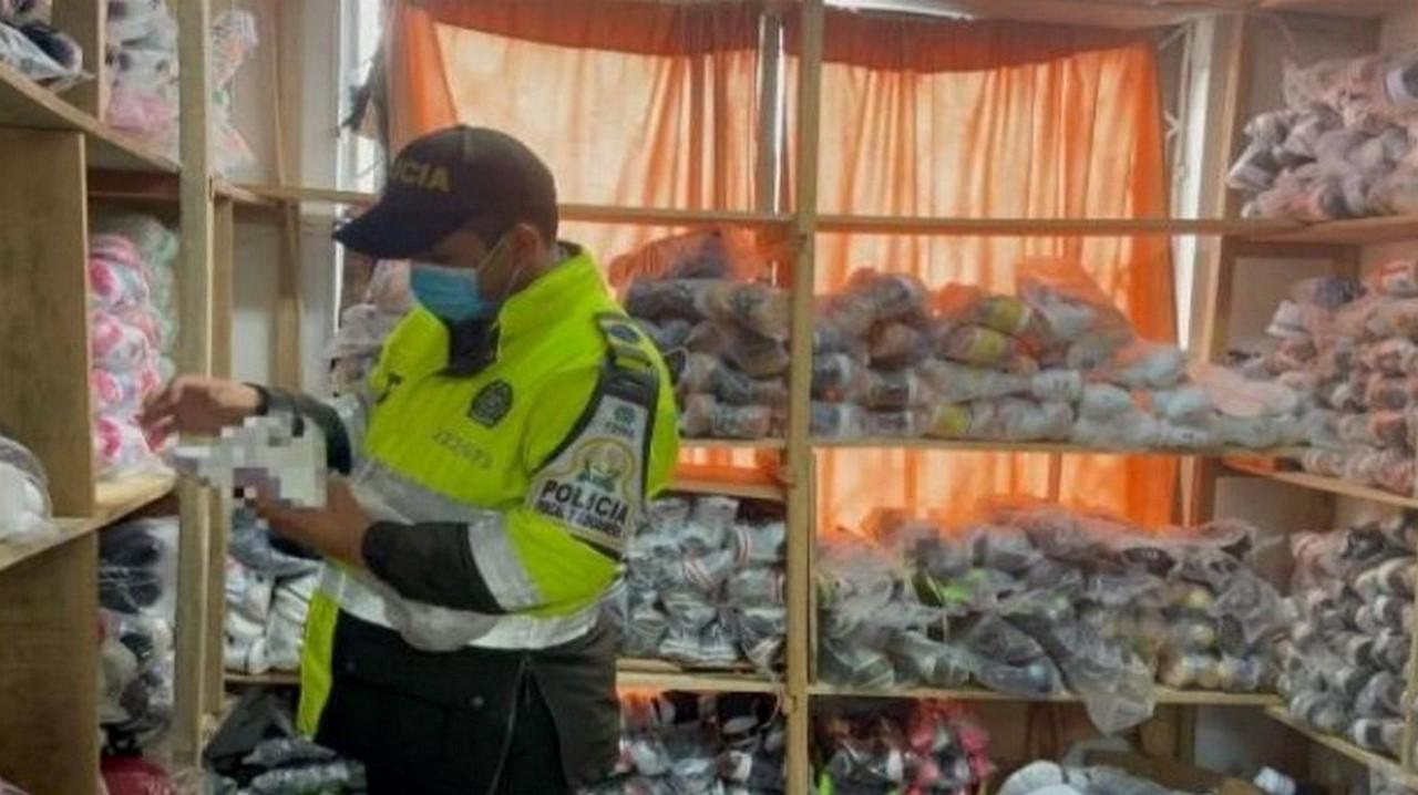 En más de 60 bodegas hallaron mercancía de contrabando en Bogotá - Noticias de Colombia