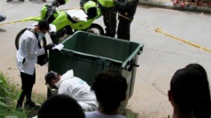 Reciclador encontró un feto en una caneca de basura